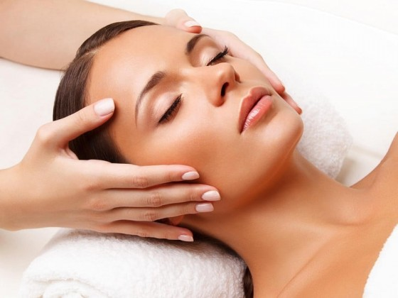 Plastic face massage | Face massage