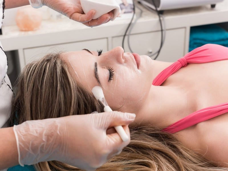 5 Things You Should Know About Chemical Peels|Skin Care>Professional Skin Care