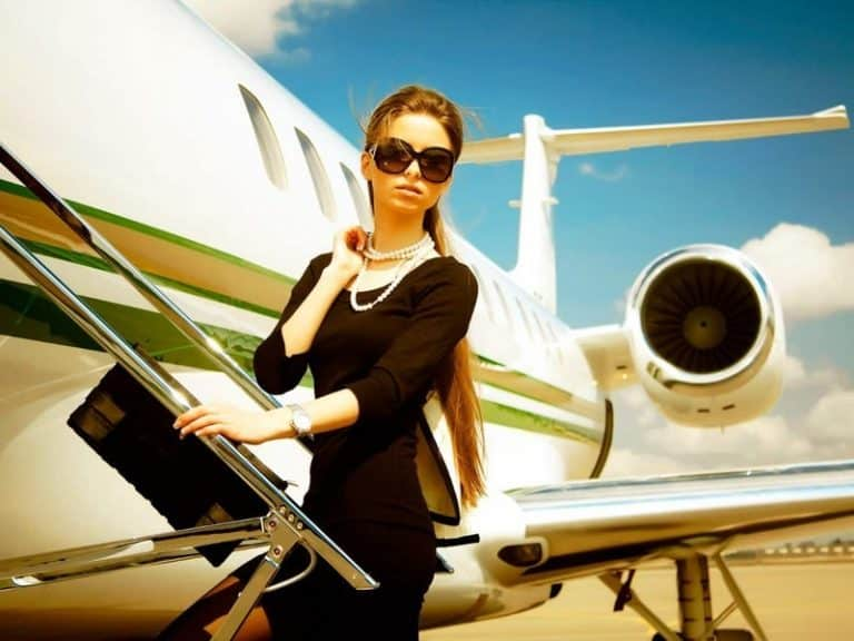 Quick Skin Care Tips For Long Flights|Beauty>Makeup