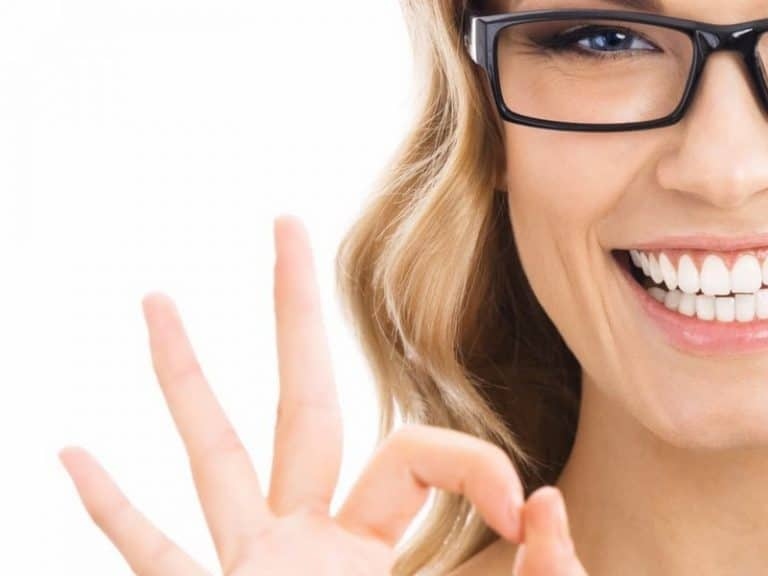 Start New Year With A New Smile: White Teeth Resolutions|Beauty>Teeth Beauty